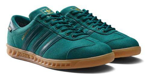 Gentleman und Sneaker? Der adidas Hamburg GTX im Test.
